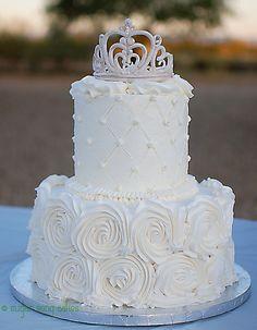 white roses princess cake