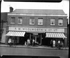 Woolies - Sadly no longer Woolworth Building, Local History, Back In The Day, Old Photos, Places Ive Been, Past, Street View, Outdoor Decor, Image