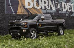 Chevy unveils Carhartt Silverado a sharp work truck literally covered in duck brown fabric Chevy 2500hd, Chevy Duramax, Lifted Chevy Trucks, Chevrolet Silverado 2500, Gm Trucks, Chevrolet Trucks, Diesel Trucks, Cool Trucks, Chevy 4x4