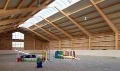 Indoor riding arena with GluLam portal frame beams