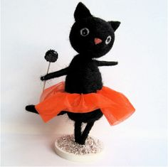 Dancing Halloween Kitty, via Flickr.