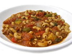 Crock-Pot, Skinny Tomato Beef Macaroni Stew with Weight Watchers Points | Skinny Kitchen