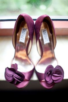 Purple pumps #fashion #shoes