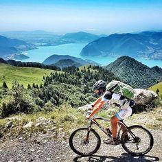 Tanti sono gli itinerari per #Mountainbike sul #lagodiseo e in #Franciacorta. Dalla salita al #MonteGuglielmo (nella foto di @lifeintravelita) al percorso verde in Franciacorta passando per l'altopiano di #Bossico oppure per il sentiero verde del Sebino... Insieme ad @iseobike abbiamo tracciato già 8 itinerari per Mountain bike con file gpx scaricabile da ogni singola scheda all'interno della sezione vivi il lago del nostro portale. Scopri anche la cartina con i percorsi in formato PDF qui…