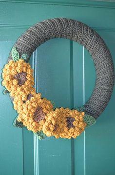 Sunflower Crochet Wreath - Knitting Patterns and Crochet Patterns from KnitPicks.com