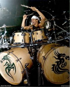 | Alex Van Halen: Bashing, Crashing And Smashing - DRUM! Magazine