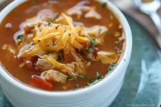 Crock Pot Chicken Fajita Soup is easy to make and tasty. The entire family will enjoy this Low Carb Crock Pot Chicken Fajita Soup recipe. You must try it! Fajita Soup Recipe, Chicken Fajita Soup, Healthy Crockpot Recipes, Soup Recipes, Dinner Recipes, Soup Crocks, Italian Recipes, Crock Pot, Easy Meals
