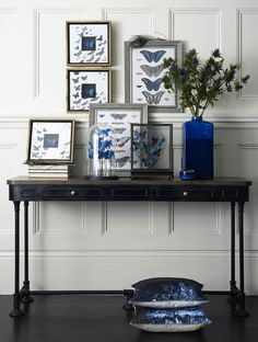 Eccentric english console table - blue accents look great