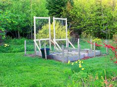 Square foot garden rabbit fence