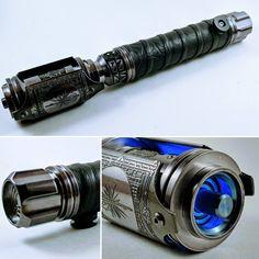 Lightsaber Design, Custom Lightsaber, Lightsaber Hilt, Sci Fi Weapons, Fantasy Weapons, Star Wars Concept Art, Star Wars Art, Star Wars Light Saber, Star Wars Images