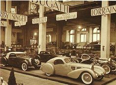 Bugatti Electron Aerolithe prototype in the Paris Auto Show of / simplephotolife. Vintage Cars, Vintage Photos, Antique Cars, Art Deco Car, Automobile, Streamline Moderne, Road Runner, Automotive Design