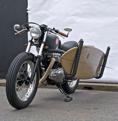 deus-ex-machina-the-red-pill-motorcycle-surfboard-designboom-03