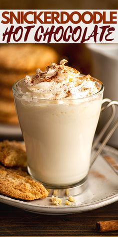 White Chocolate Syrup, Hot Chocolate Bars, Hot Chocolate Recipes, Chocolate Flavors, Chocolate Cake, Cocoa Recipes, Coffee Recipes, Brunch Drinks, Kitchens