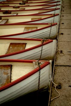 #pattern #repetition #boats #red