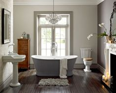 The English Home is an interiors title celebrating the essence of English style. It's editorial focus is tailored for a homeowners and design professionals Complete Bathrooms, Upstairs Bathrooms, Ensuite Bathrooms, Bad Inspiration, Bathroom Inspiration, Bathroom Ideas, Bathroom Designs, Bathroom Layout, Simple Bathroom