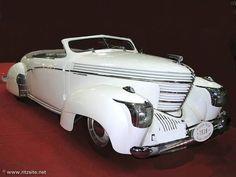 Art Deco - Graham Model 97 ca.1939.
