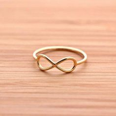 Really cute infinity ring for teenagers lv-outletonline a bags # louis vuitton Cute Jewelry, Jewelry Rings, Jewelry Accessories, Fashion Accessories, Craft Jewelry, Fashion Jewelry, Cheap Mk Bags, Lv Bags, Louis Vuitton Taschen