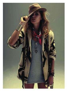 I NEED this sweater. #boho #fashion #thathat #babe  - Erin on We Heart It -