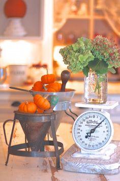 Sugar Pie Farmhouse Fall Home Tour...come on by! #farmjunk #farmhouse #fall