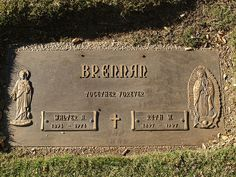 Walter Brennan, (cause of death: Emphysema) *Actor Cemetery Headstones, Old Cemeteries, Cemetery Art, Famous Tombstones, Cemetery Decorations, Famous Graves, Best Supporting Actor, Famous Stars, After Life
