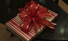 Beautiful Christmas presents Beautiful Christmas gift ideas, Gift wrap, Gift wrapping,