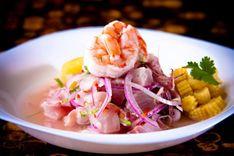 CEVICHE MISTO PERUANO  http://winechef.com.br/portfolio-item/ceviche-misto-peruano/  Autentico ceviche peruano que une peixe e camarões, com um sabor marcante e bem definido. Cortados em cubos médios o peixe é cozidos no sumo de limão, permitindo uma leve acidez e melhor textura do peixe.
