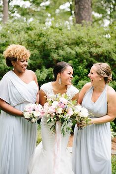davids bridal for aisle society - bridesmaids // Photography: Chelsea Anderson Photography