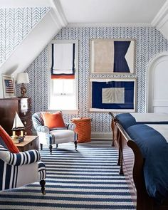 Wonderful. Interior by @suzannekasler , photo credit: @williamwaldronphoto . Thanks @karenkeysar for the credit info! __________ #nautical #interiors #design #navyblue