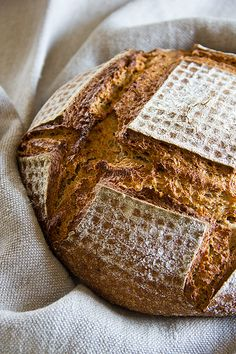 Mischbrot mit Hirse brown bread with millet