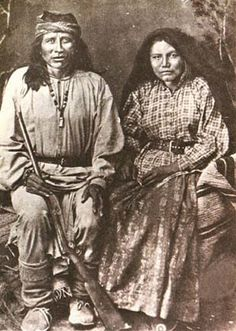 Gil-lee, or Zele, Chiricahua Apache and his wife Tzes-ton. Gil-lee became prominate in the Apache wars with Chatto and Benito.