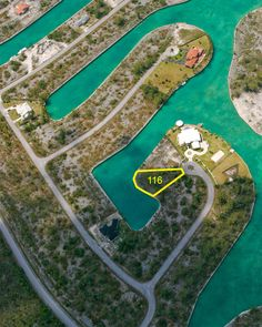 Water front Property in Grand Bahama off Grand Lucayan waterway....
