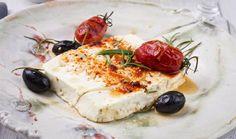 Φέτα σαγανάκι στο φούρνο με ψητή πιπεριά και ελιές Greek Recipes, Feta, Finger Foods, Tofu, Camembert Cheese, Dairy, Cooking, Sweet, Olive