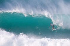 World Surf League Vans World Cup: Mick Fanning Earns First Victory at Sunset / ハワイ・オアフ島、サンセットビーチでVans World Cupの決勝が行われ、Mick Fanning(AUS)が、9.87の高得点をマークし、Vans World Cup初優勝した。