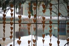 kraft paper heart garland!  Great for valentine's or christmas!