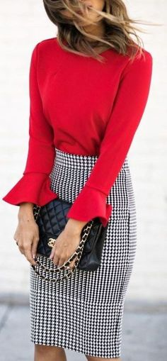 Pencil Skirt Outfits // Casual Skirt Outfits // How to wear skirt outfits // Fashion casual outfits // Trending women's Clothes // Office outfits ideas Mode Outfits, Fall Outfits, Winter Work Outfits, Winter Office Outfit, Spring Outfit For Work, Red Fashion Outfits, Fancy Casual Outfits, Red And Black Outfits, Spring Dresses Casual