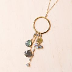 Circle Pendant Necklace, Gemstone Necklace, Gold Necklace, Jewelry Gifts, Handmade Jewelry, Jewelry Ideas, Beaded Jewelry, Beaded Necklaces, Boho Jewelry