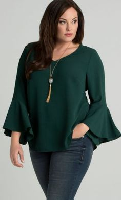 Cute Spring Blouses Women Plus Size To Look Small 23 Plus Size Work, Plus Size Jeans, Plus Size Blouses, Plus Size Dresses, Plus Size Outfits, Plus Size Fashion For Summer, Dresses For Apple Shape, Spring Blouses, Stylish Plus