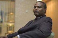 Político angolano diz que investimentos em Portugal servem para lavar dinheiro