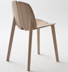 Osso Chair Made With Solar-Powered CNC Machine