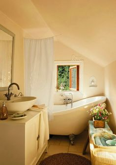 cozy cottage bathroom (via Keltainen talo rannalla) - my ideal home. Cottage Living, Cozy Cottage, Cozy House, Country Living, Cottage Bath, Country Homes, Romantic Bathrooms, Beautiful Bathrooms, Cozy Bathroom
