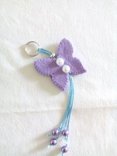 Portachiavi farfalla in feltro, by Fantasy e poi, 7,00 € su misshobby.com