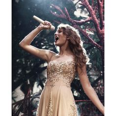 Taylor Swift's '22' music video premieres Wednesday found on Polyvore featuring taylor swift, taylor, backgrounds, photographs and pictures