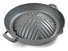 Koreaanse barbecue pan van massief gietijzer. Met deze pan wordt het koken van recepten uit Korea, Cambodja, Laos en Thailand een fluitje van een cent.