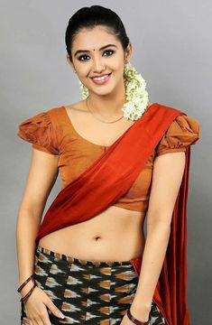 Indian Actress Hot Pics, Indian Bollywood Actress, Beautiful Indian Actress, Beauty Full Girl, Beauty Women, Indian Bridal Photos, Girls Dp Stylish, Saree Models, Beautiful Girl Image