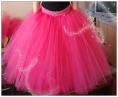 Full length tutu skirt I made for a my customer. I'm now thinking of making one for my daughters 5th birthday. With the little crop jacket and a white embellished singlet