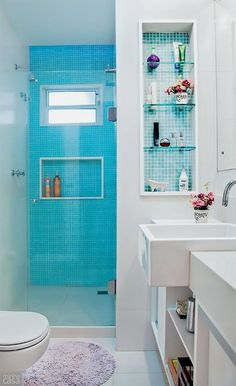 ... mobiliário planejado, nichos, bandejas, cestos, escadinhas, gavetas com divisórias e muito mais.   Dizem as pesquisas que o banheiro ...