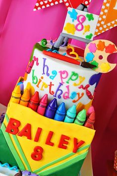 Art Themed Birthday Cake Cake A Crayola Themed Cake A Art Party Art Party Birthday Cake Ideas Pretty Cakes, Cute Cakes, Beautiful Cakes, Amazing Cakes, Amazing Art, Crayon Cake, School Cake, Fancy Cakes, Love Cake