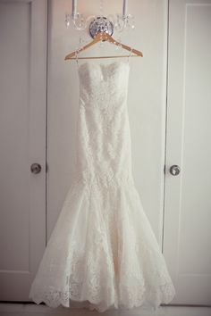 Enzoani lace wedding gown // photo by Swoon by Katie