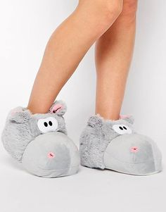 New Look Nippo Hippo Novelty Slippers from ASOS. Shop more products from ASOS on Wanelo. Cute Hippo, Baby Hippo, Vetements Clothing, Hippopotamus For Christmas, Cute Slippers, Asos, Felt Owls, Slipper Boots, Pyjamas