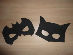 antifaz de batman o gatubela en goma eva Hulk Party, Superhero Party, Superhero Logos, Halloween Infantil, Mascaras Halloween, Ideas Para Fiestas, Batcave, Catwoman, Supergirl